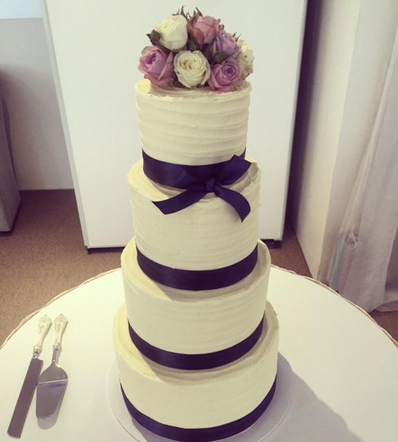Karlees Kupcakes Wedding Cake