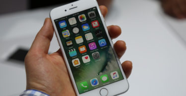 apple-has-killed-off-one-of-the-best-battery-life-hacks