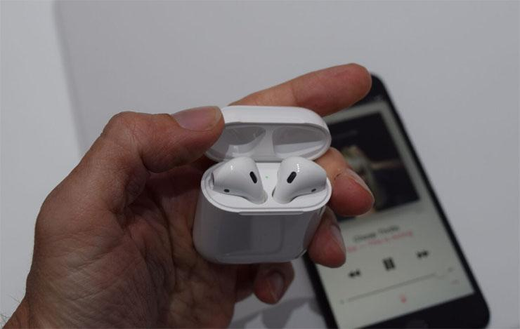 515648-apple-airpods-inline-1