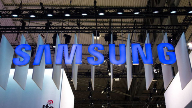 Samsung will ruin that display with a logo that will keep popping up